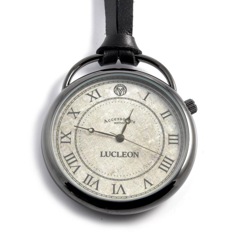 ea9a68221fd Det er også som om, at man udstråler noget mere klasse, når man lige har et  fedt ur, til at runde ens fede outfit af med.